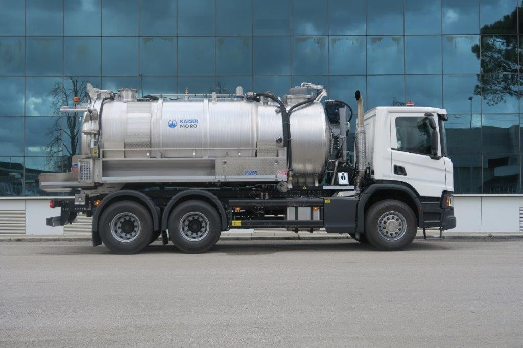 Kaiser Moro ELEGANCE SX11 HLR Vacuum Truck